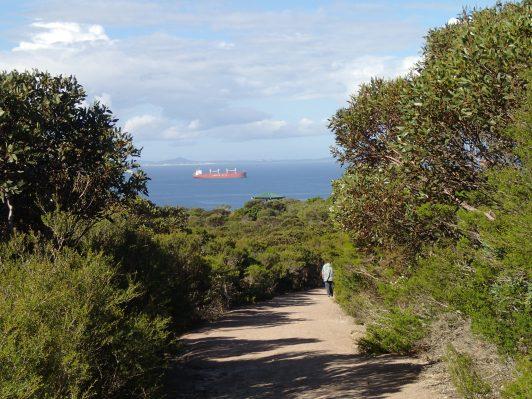 Walk trail to Lovers Beach