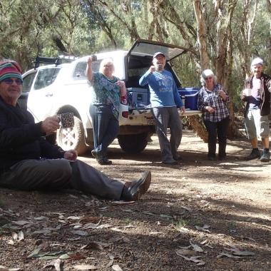 Enjoying a cuppa - Geoff, Deb, Me, Robyn, Richard